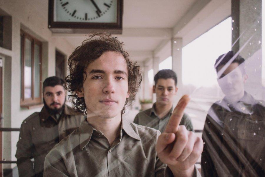 Vranovská kapela Frequency hlási druhým singlom Bauhaus vydanie debutu
