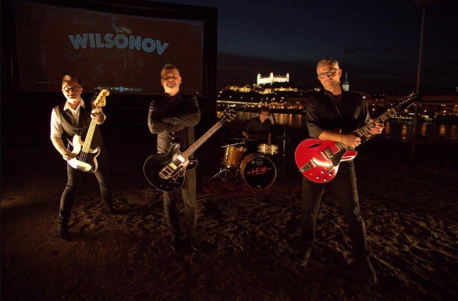 Hexáci nahrali titulnú pieseň k filmu Wilsonov