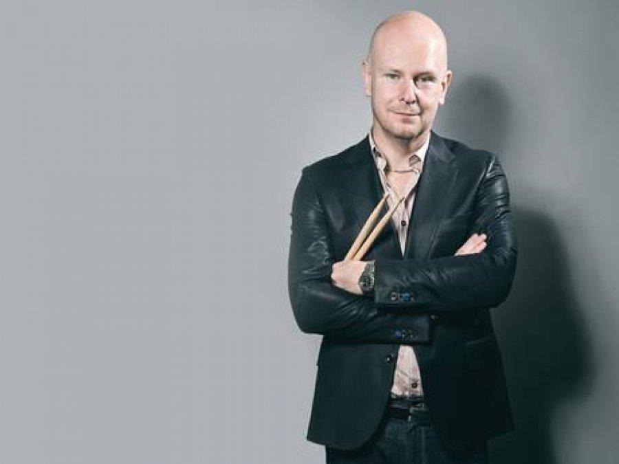 Philip Selway z kapely Radiohead zverejnil skladbu zo svojej sólovky