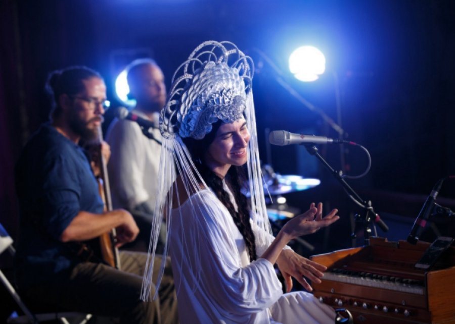 Americká speváčka world music Simrit Kaur predstaví v Ateliéri Babylon duchovnú silu hudby