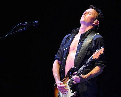 Gitarista z Pearl Jam zakladá vlastnú skupinu