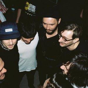 Billy Barman vydávajú svoj prvý živý album