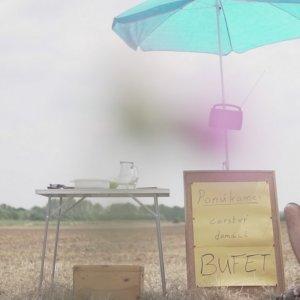 Bratislavské trio Bufet prichádza snovým videoklipom