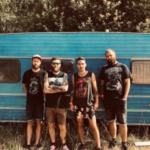 Folk-punková kapela Cascabel z Banskej Bystrice predstavuje singel Against the wind