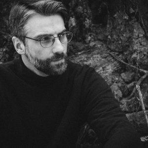 Český elektronický producent Silent Letter prekračuje mantinely techna v debute Lava