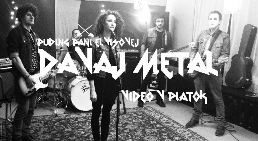 PPE v novom videoklipe ako nefalšovaní metalisti