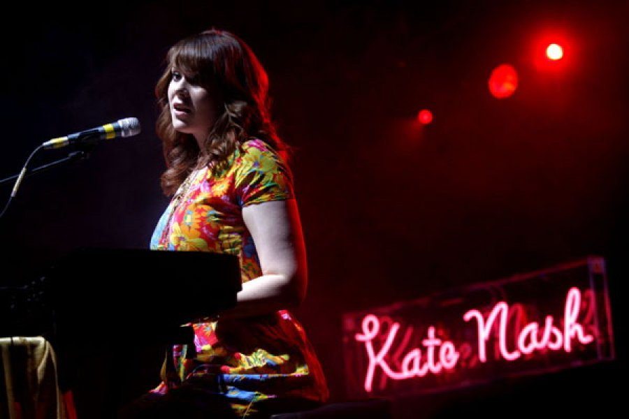 Kate Nash má nový singel aj s videoklipom