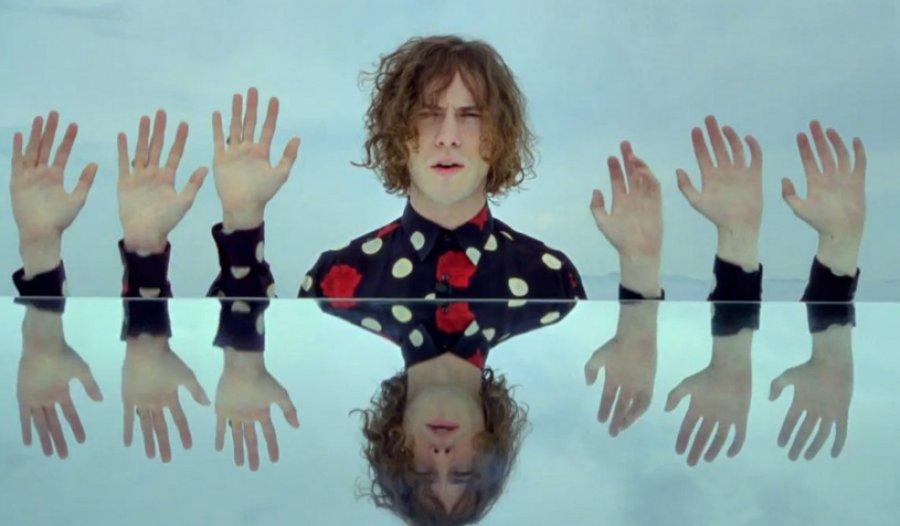 MGMT zverejnili nový videoklip k skladbe Your Life Is A Lie