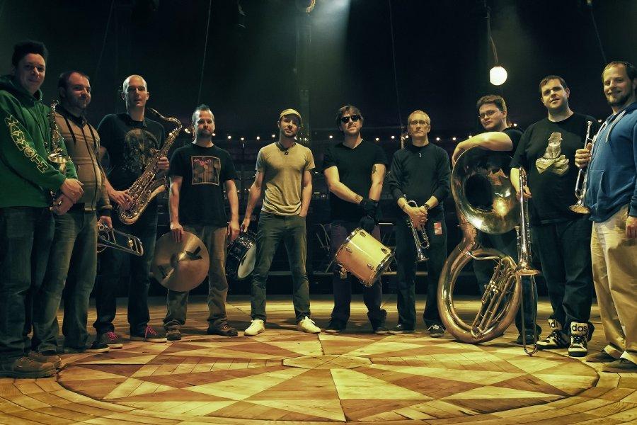 Americký Youngblood Brass Band ovládne 26. novembra bratislavský klub Loft!