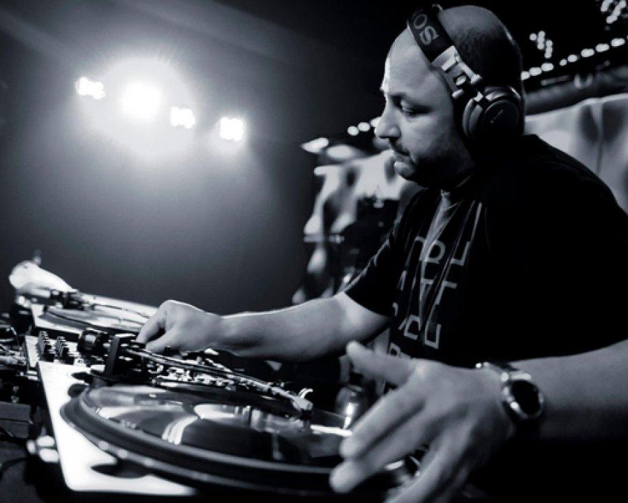 Slovenskému publiku sa vKlube Dole prvýkrát predstaví nemecký DJ XDB