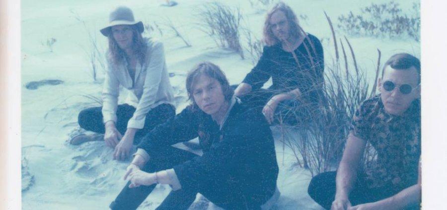 Cage the Elephant vydali svoj štvrtý album Tell Me I'm Pretty