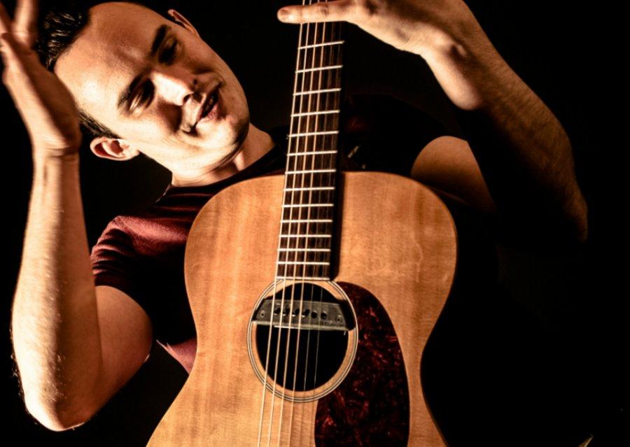 Gitarista Chris Woods zavíta v rámci Guitar Night na Slovensko