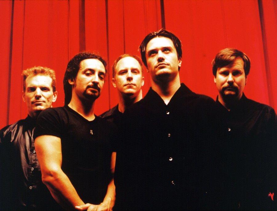 Faith No More predstavili po sedemnástich rokoch nové skladby