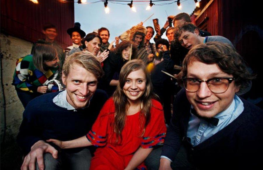 FM Belfast si na koncert do Bratislavy z Islandu priviezli aj predskokana, duo Berndsen