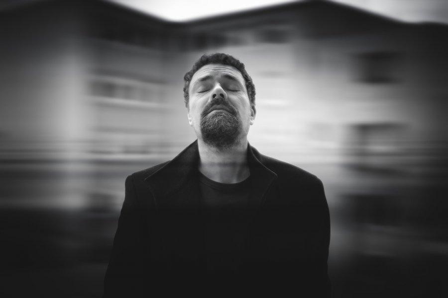 """Deadred Records, Starcastic Records a Karol Mikloš tento rok spoločne oslávili """"Record Store Day"""" vydaním nového singla"""