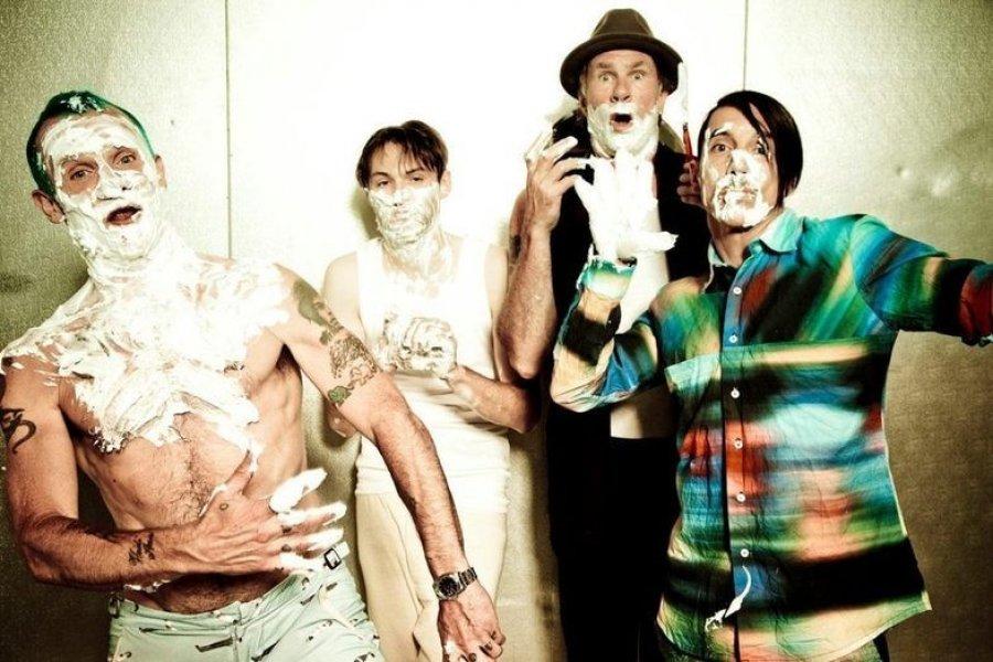 Oficiálne: Red Hot Chili Peppers sú headlinerom NOVAROCK 2016!