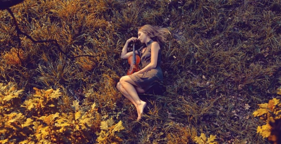 Spievajúca huslistka Miriam Kaiser vydáva album Colour Sounds