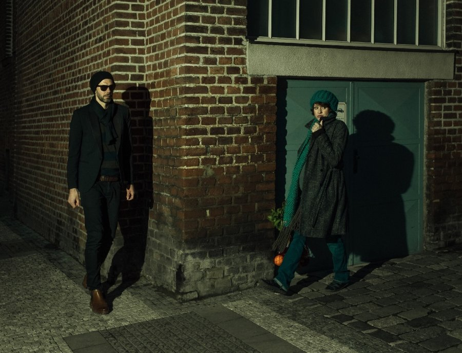 "Hľadači dokonalého zvuku Ohm Square vydávajú nový album ""A Curious Place Between Souls And Atoms"""