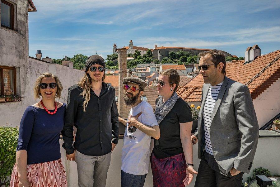 Bratislavčania Mysami vydávajú po desiatich rokoch existencie debut Uhlopriečky hlasov
