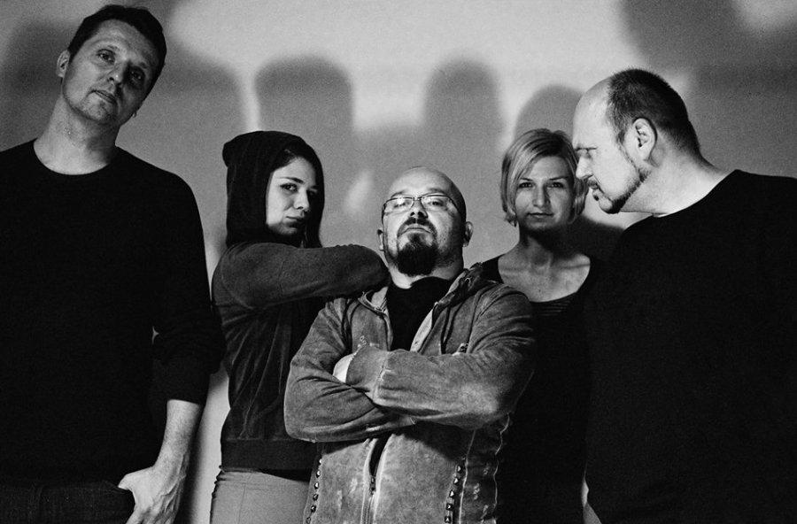 Kapela Tu v dome uvedie nový album Protichodné chute