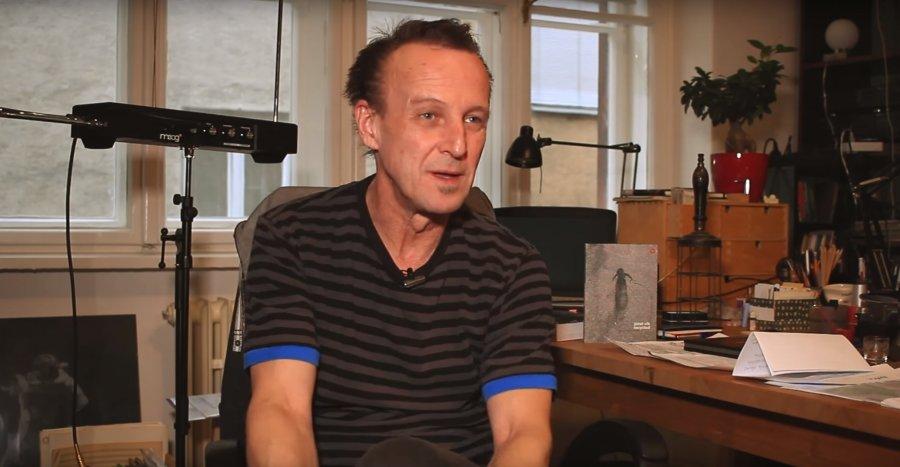 Autor, režisér, skladateľ, hudobník, performer a producent Jozef Vlk vydáva album Recycled