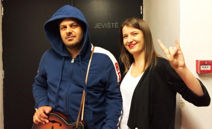 Pesničkár Xindl X naspieval so Slovenkou Mirkou Miškechovou