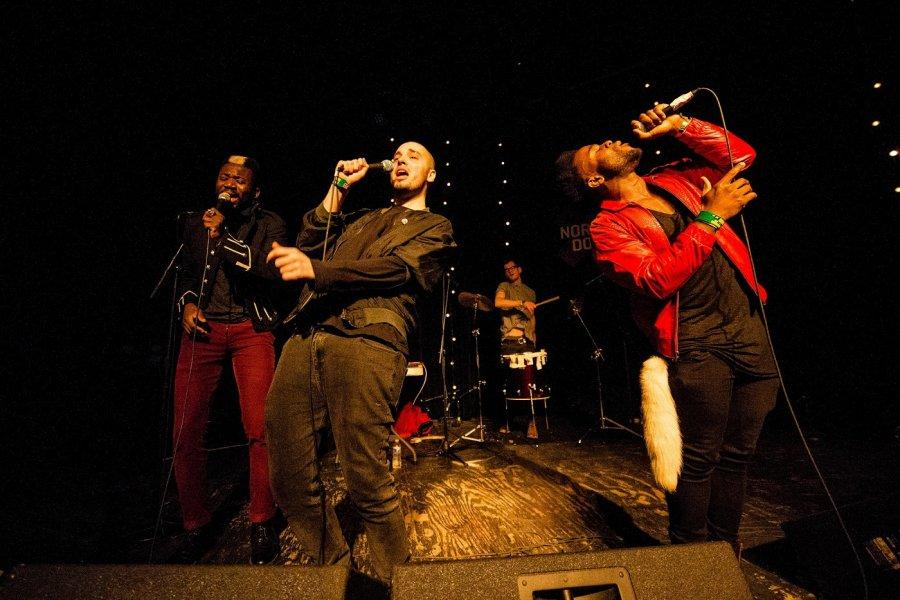 Hip-hop, aký tu ešte nebol Škótski Young Fathers premiérovo na Slovensku
